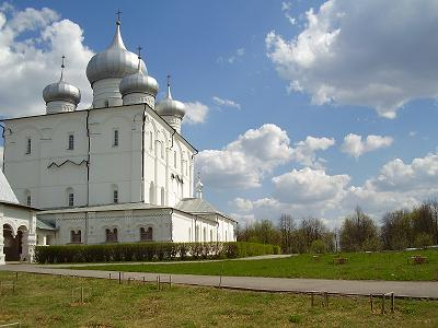 Варлаамо-Хутынский монастырь